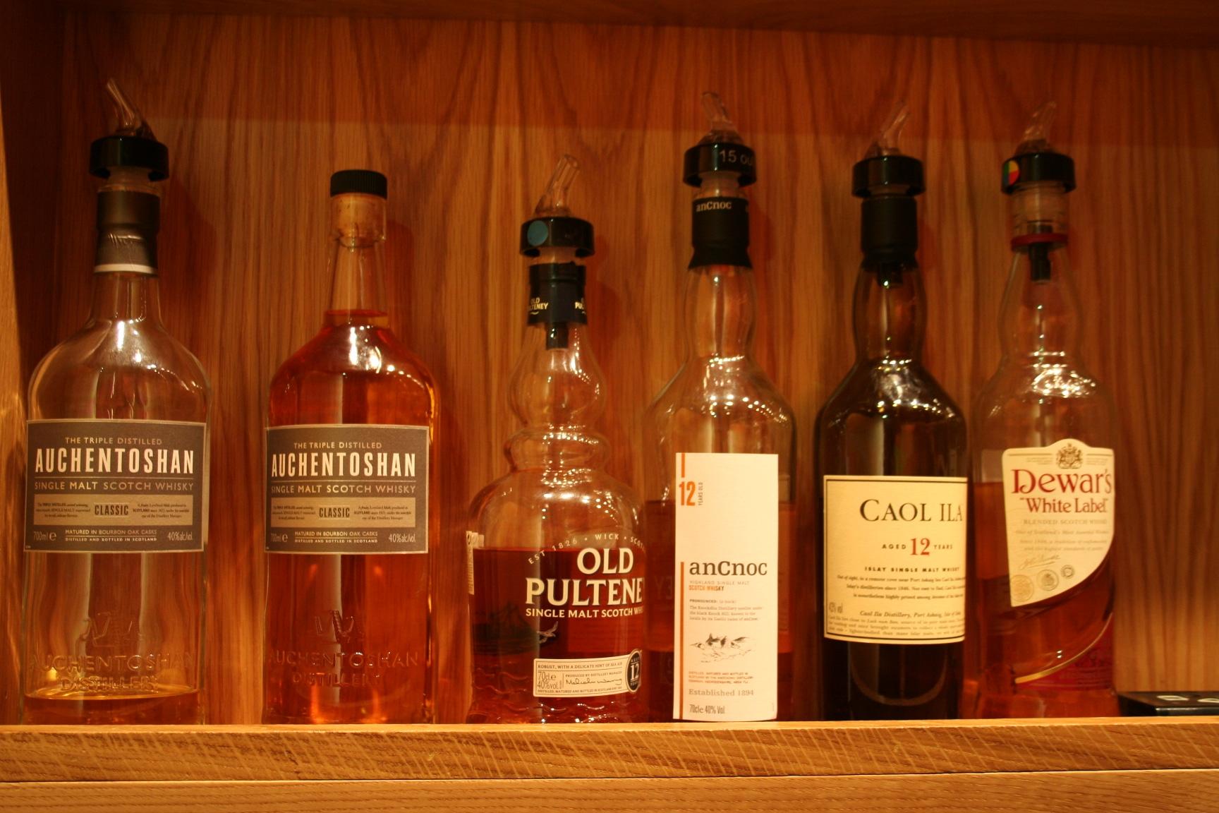 La nueva tasa al alcohol subleva a los productores escoceses