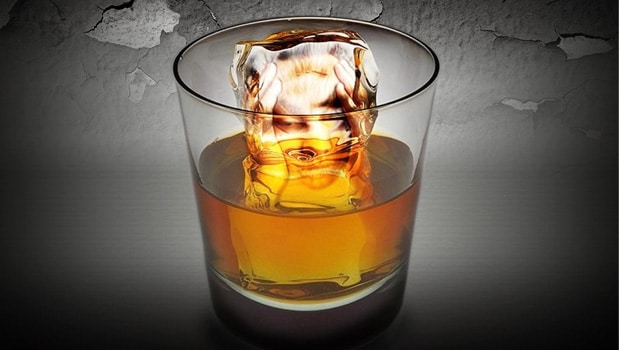 whisky-solo-agua-hielo