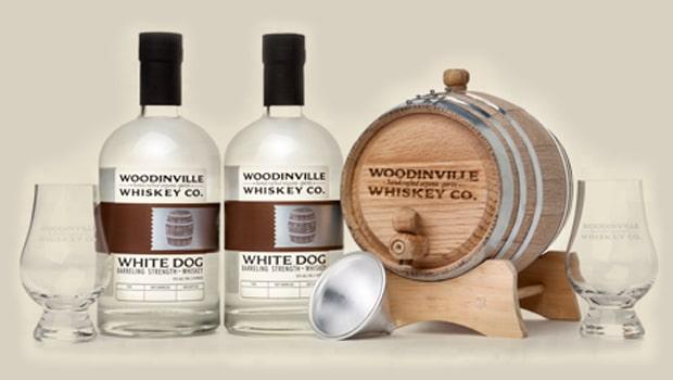 Envejece tu propio whisky con el kit de Woodinville