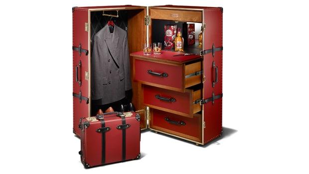 chivas-regal-made-for-gentlemen-globe-trotter-2