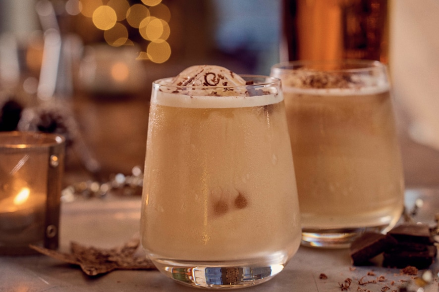 Cóctel: Nutty Eggnog by Bulleit Bourbon