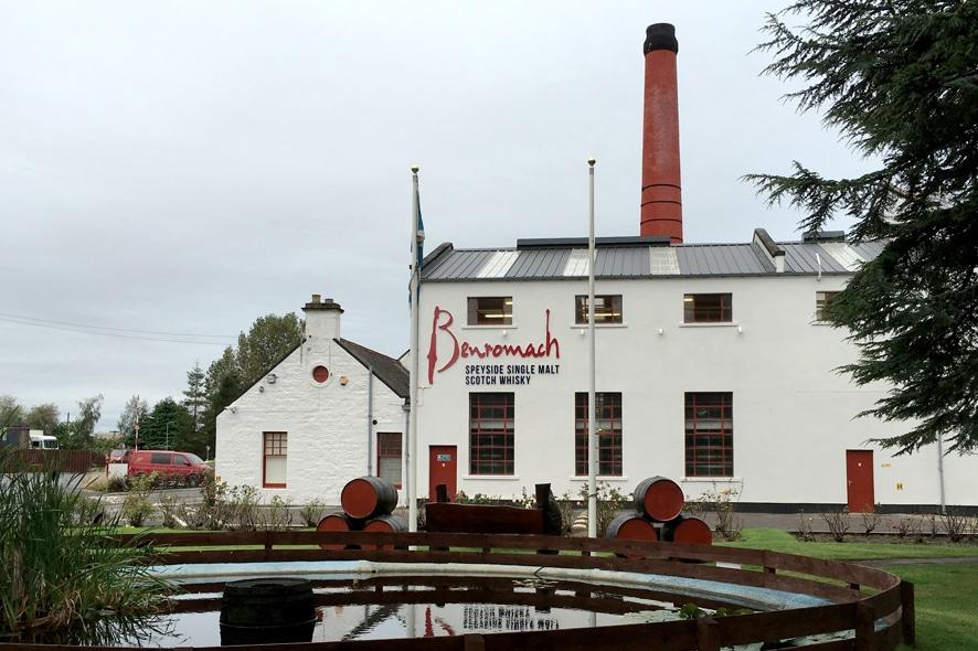 Visitar la destilería de Benromach