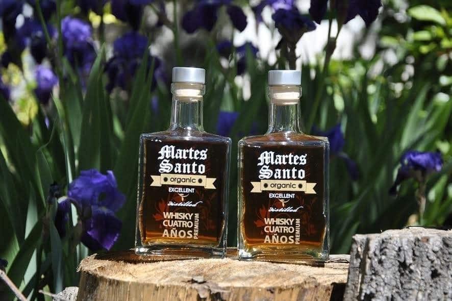 Whisky Martes Santo, el whisky ecológico español