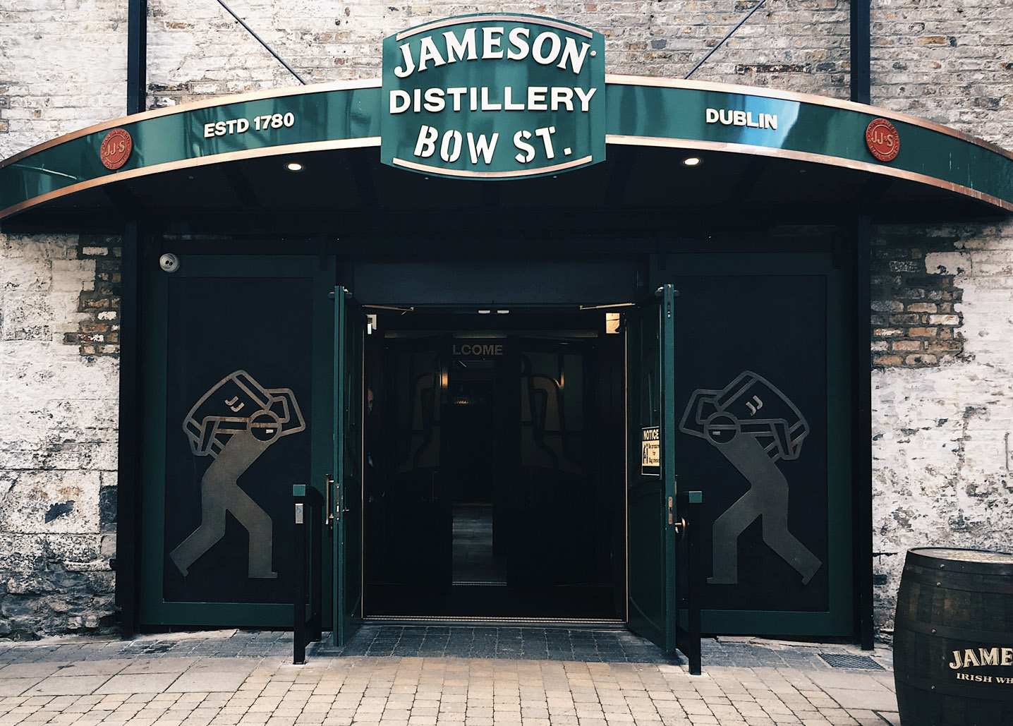 Jameson Bow St 18 Cask Strength - Todo Whisky