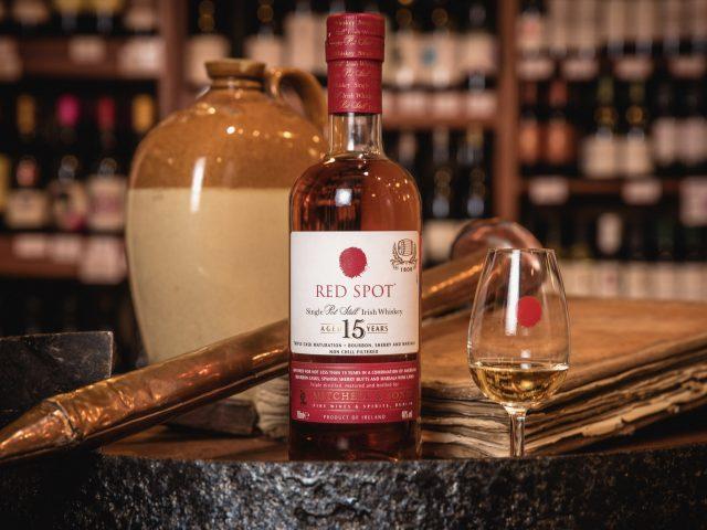 Vuelve el whisky del punto rojo: Red Spot 15 años