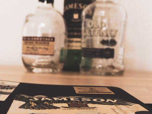Cómo conservar las etiquetas del whisky