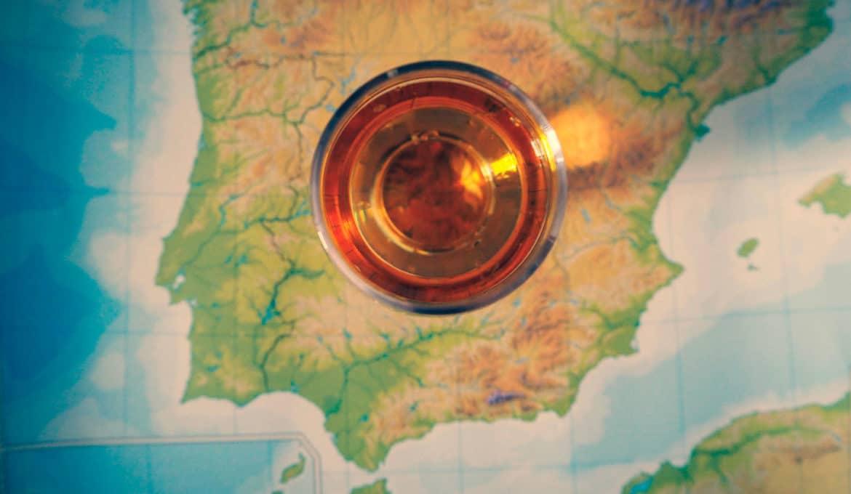 Todo lo que necesitas saber sobre el whisky español